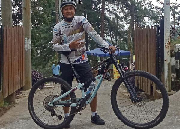 Siskiu D7   Togoparts Rides