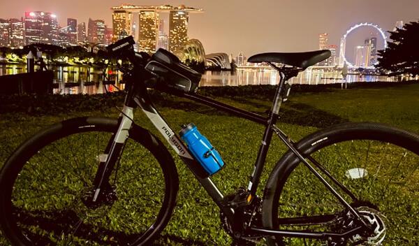 Midnight ride around Marina barrage | Togoparts Rides