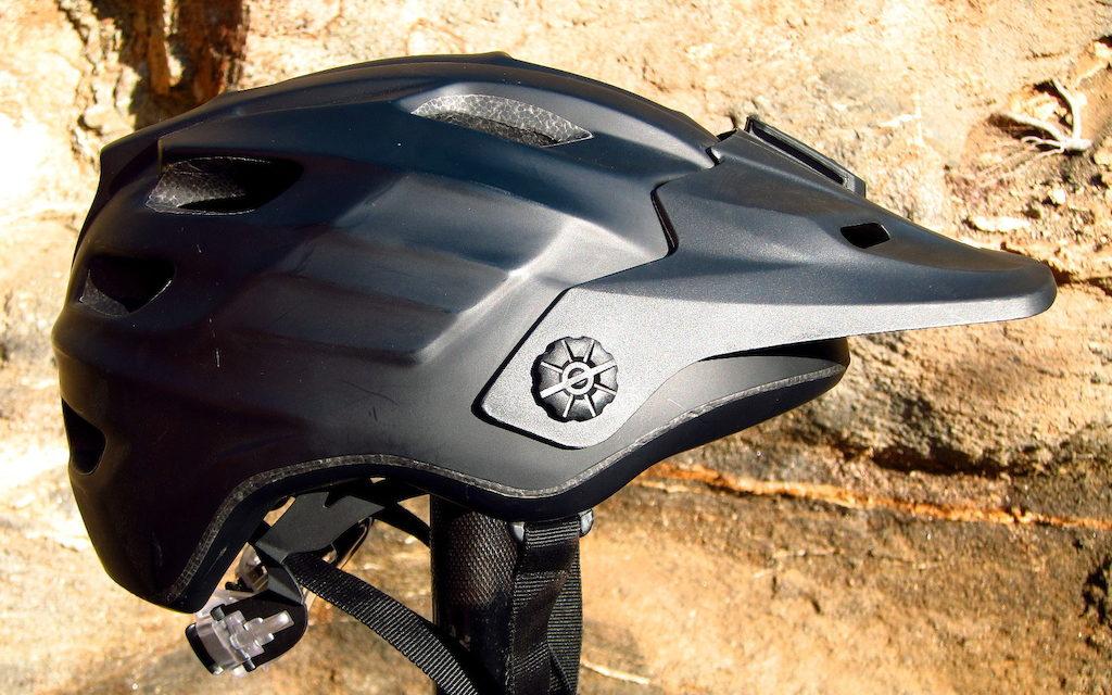 Eurobike 2014 – The New 2015 Range – Kali Protectives