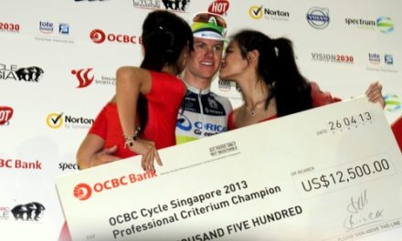 Simon Clarke Sprints Orica-Greenedge to their second victory at OCBC Cycle Singapore Professional Criterium 2013