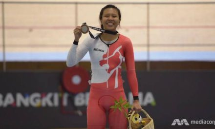 Singaporean wins silver in track racing
