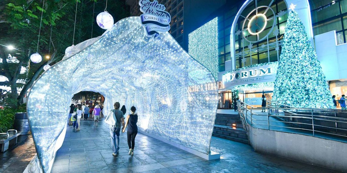 5 Best Places to Visit for Christmassy Lightups in Singapore